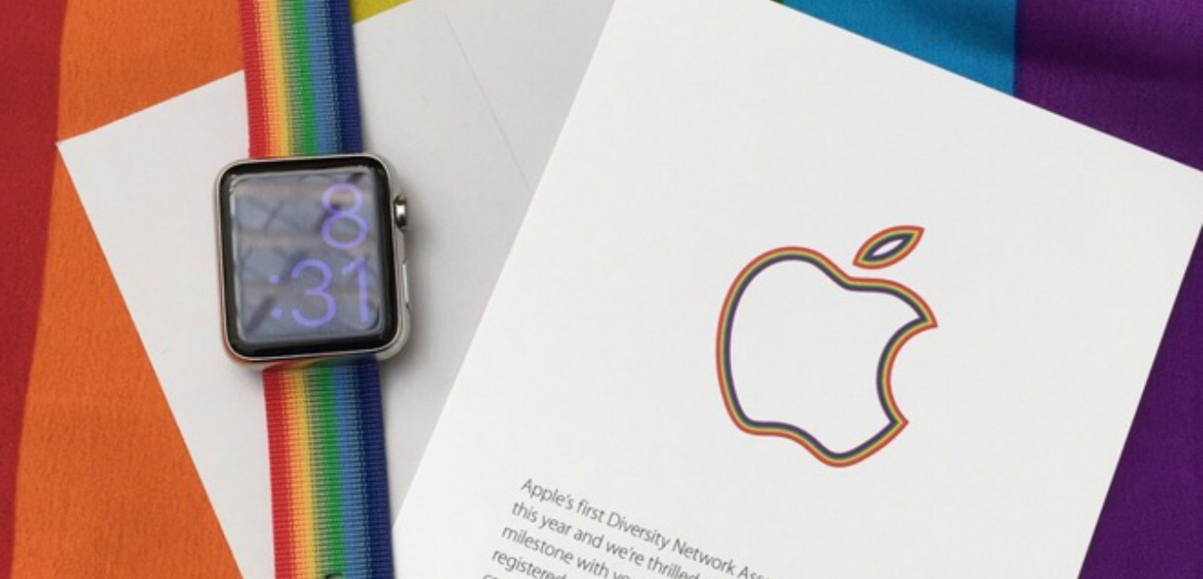 Apple celebra la marcha del orgullo gay regalando pulseras multicolores