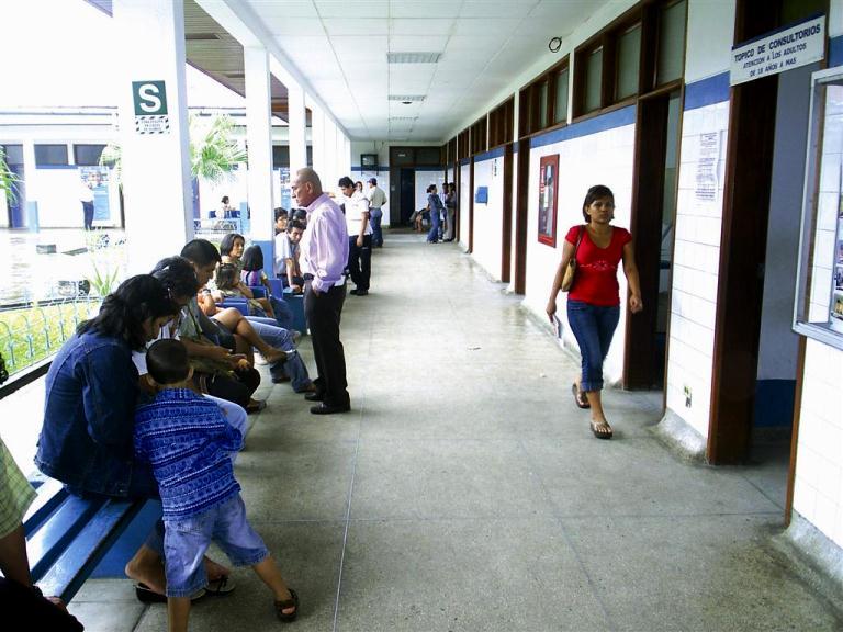 Otro bonito enredo (10): Atar seguros de salud a creditos bancarios