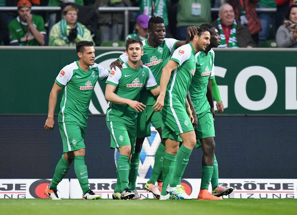 Pizarro anota en goleada del Bremen, que pelea por salvarse del descenso [VIDEO]