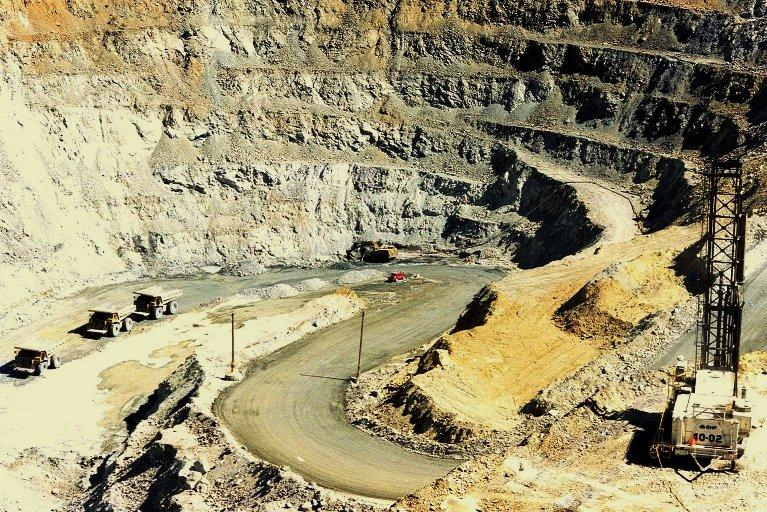 Peru pais minero, dicen (4): Regalias mineras