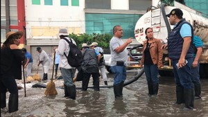 Chiclayo en emergencia por intensas lluvias de más de nueve horas [VIDEO]