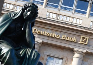 La crisis de Deutsche Bank revive el fantasma de Lehman Brothers